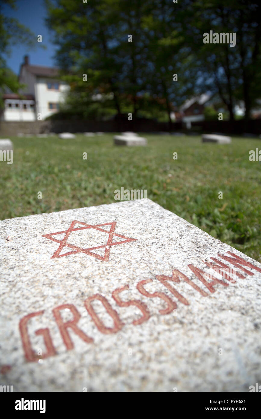Bavaria, Germany - Honorary cemetery for 121 victims of National Socialist tyranny died shortly after liberation in 1945. Gravestone of a Jew - Stock Image