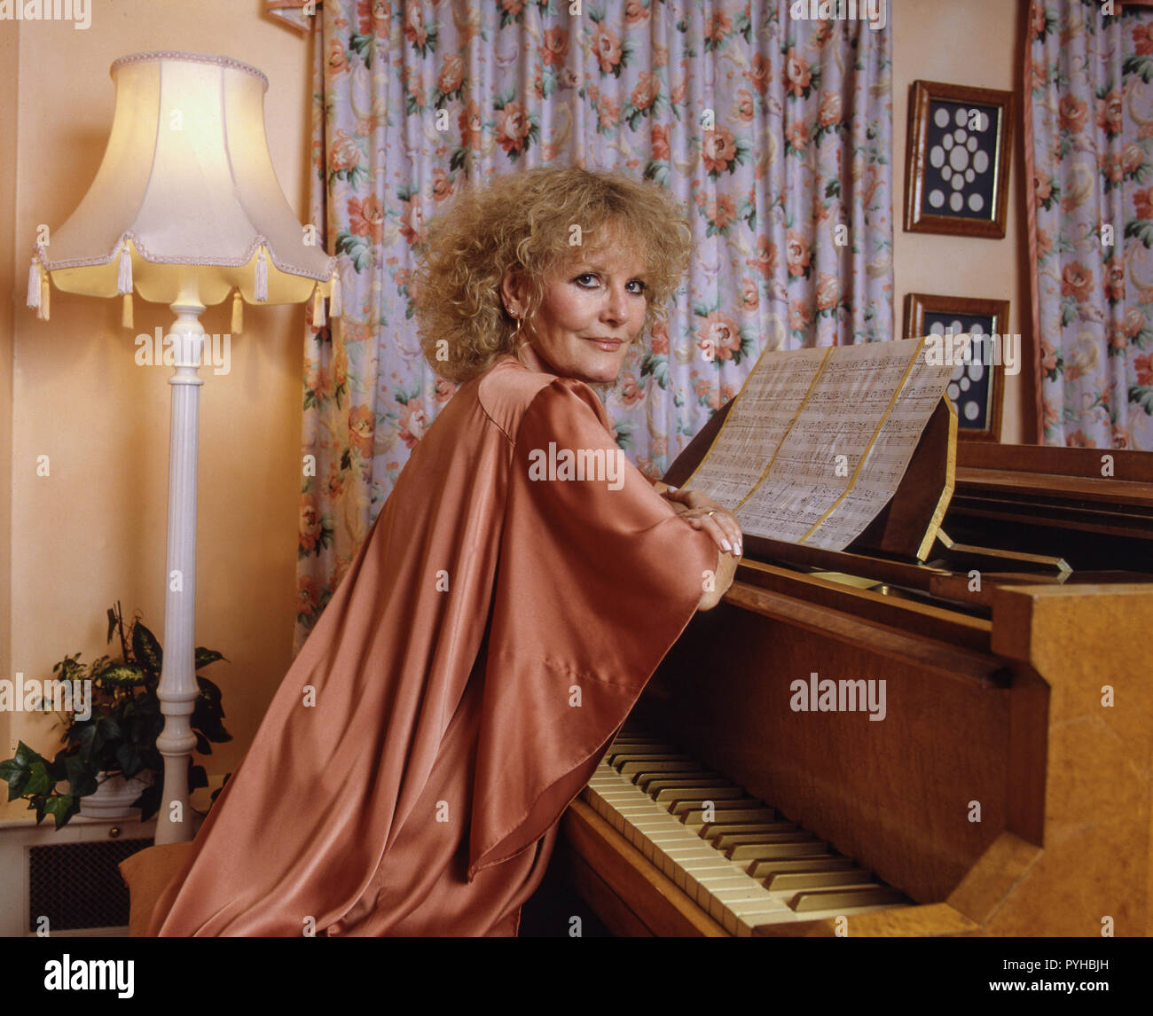 Petula Clark, CBE is a British singer, actress and composer whose career spans seven decades. Clark's professional career began as an entertainer on BBC Radio during World War II. Stock Photo