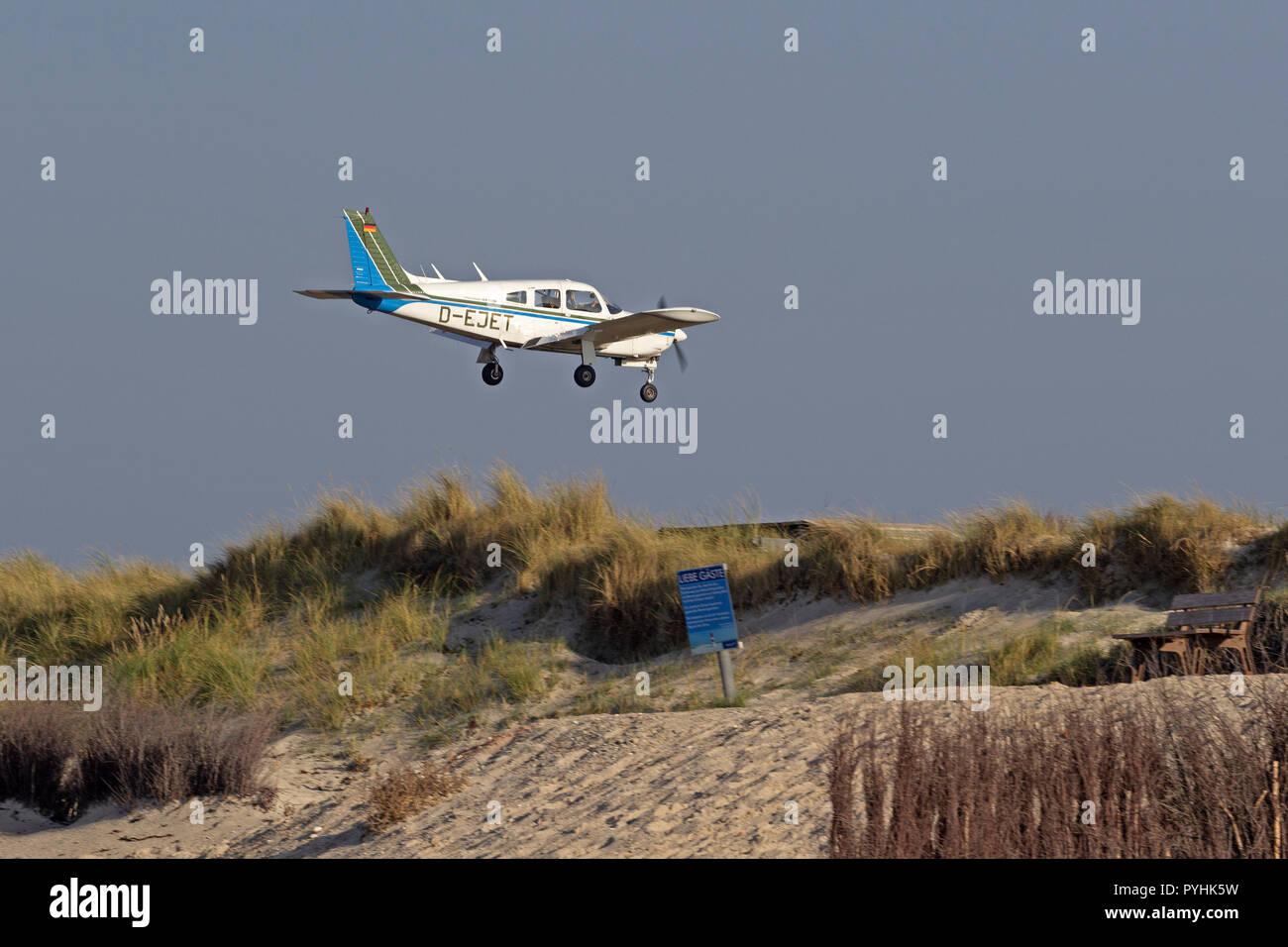 airplane landing, Dune, Heligoland, Schleswig-Holstein, Germany - Stock Image