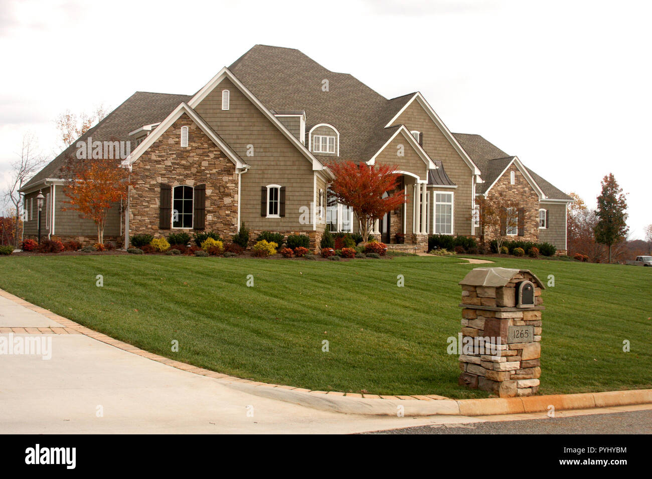 New large house in Virginia - Stock Image