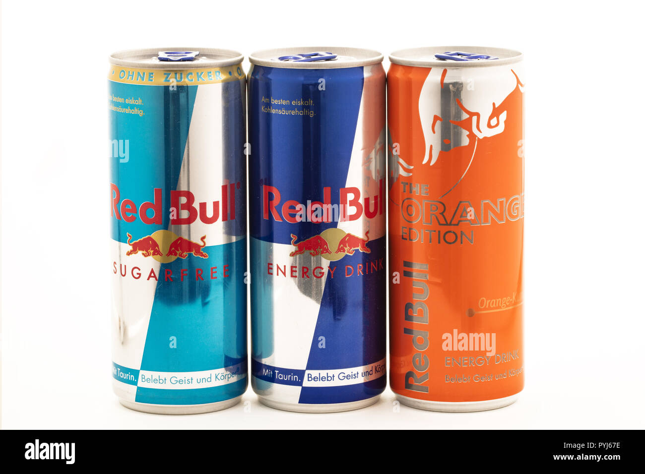 Red Bull Mini Kühlschrank Baby Cooler : Red bull cans stock photos & red bull cans stock images alamy