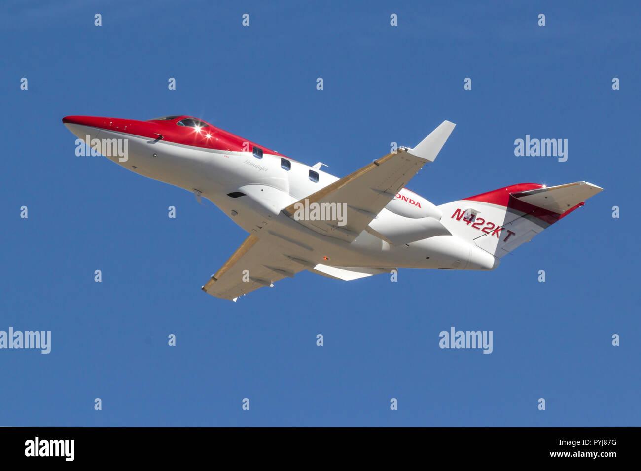 Honda HA-420 HondaJet in flight - Stock Image