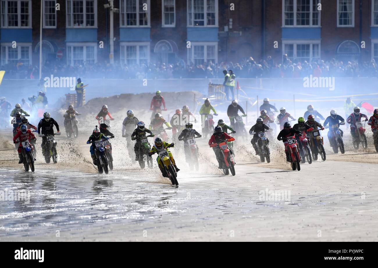 Weymouth beach motocross, Dorset. Credit: Finnbarr Webster/Alamy Live News - Stock Image