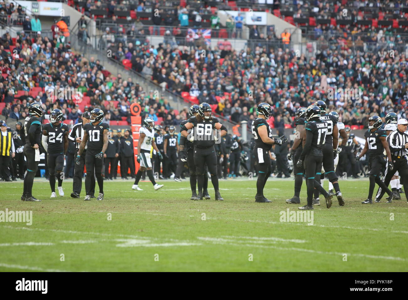 London, UK. 28 October 2018.    at the Eagles at Jaguars - credit Glamourstock Credit: glamourstock/Alamy Live News - Stock Image