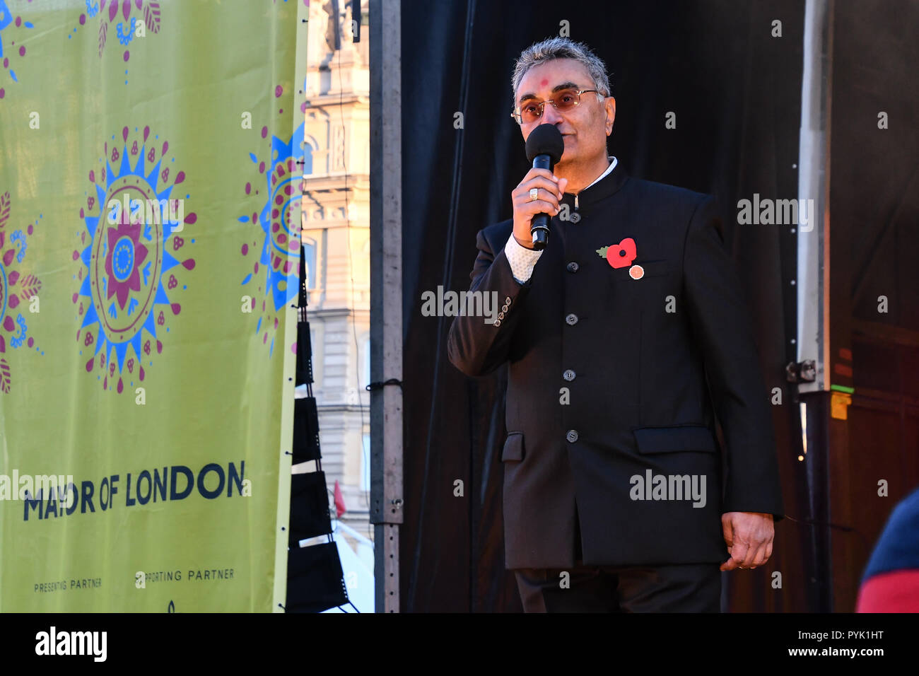 London, UK. 28th Oct, 2018. Thousands attend the Mayor of London celebrates the Festival of Lights with Diwali in Trafalgar Square on 28 October 2018, London, UK. Credit: Picture Capital/Alamy Live News - Stock Image