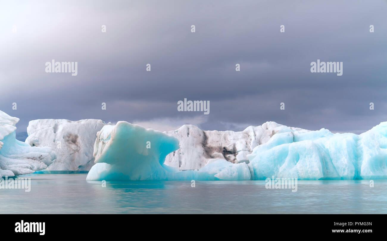 Jokulsarlon glacial lake in Iceland - Stock Image