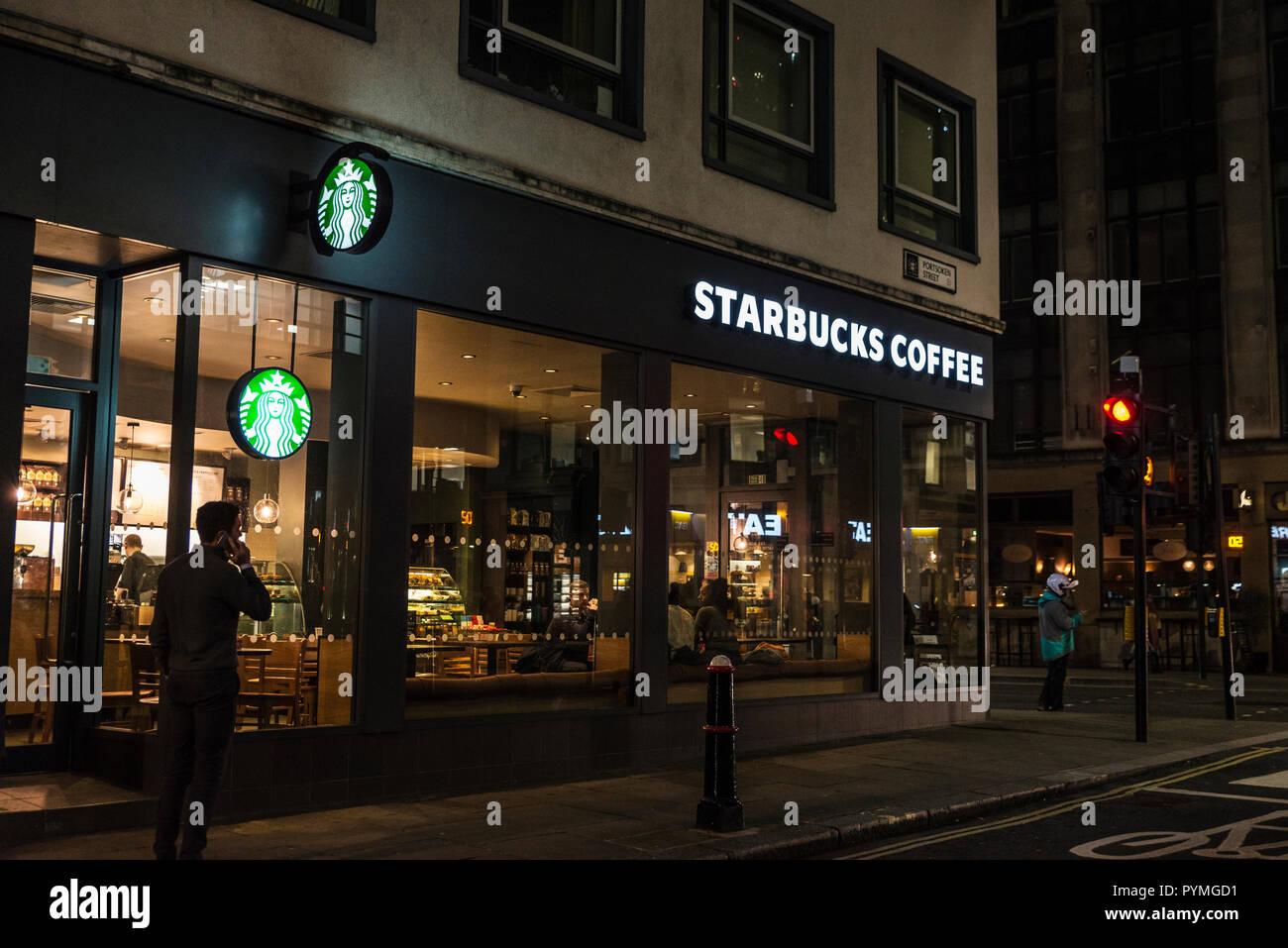 Starbucks Coffee Sign Logo London Stock Photos & Starbucks
