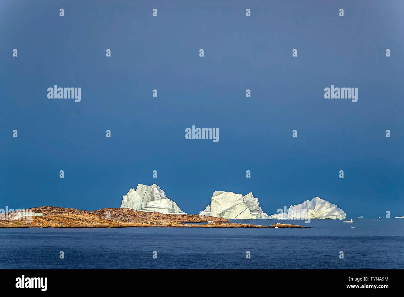 Eisberge vor der Küste von Grönland, Nordpolarmeer, Arktis   Iceberg at the coast of Greenland, North polar ocean, Arctic - Stock Image