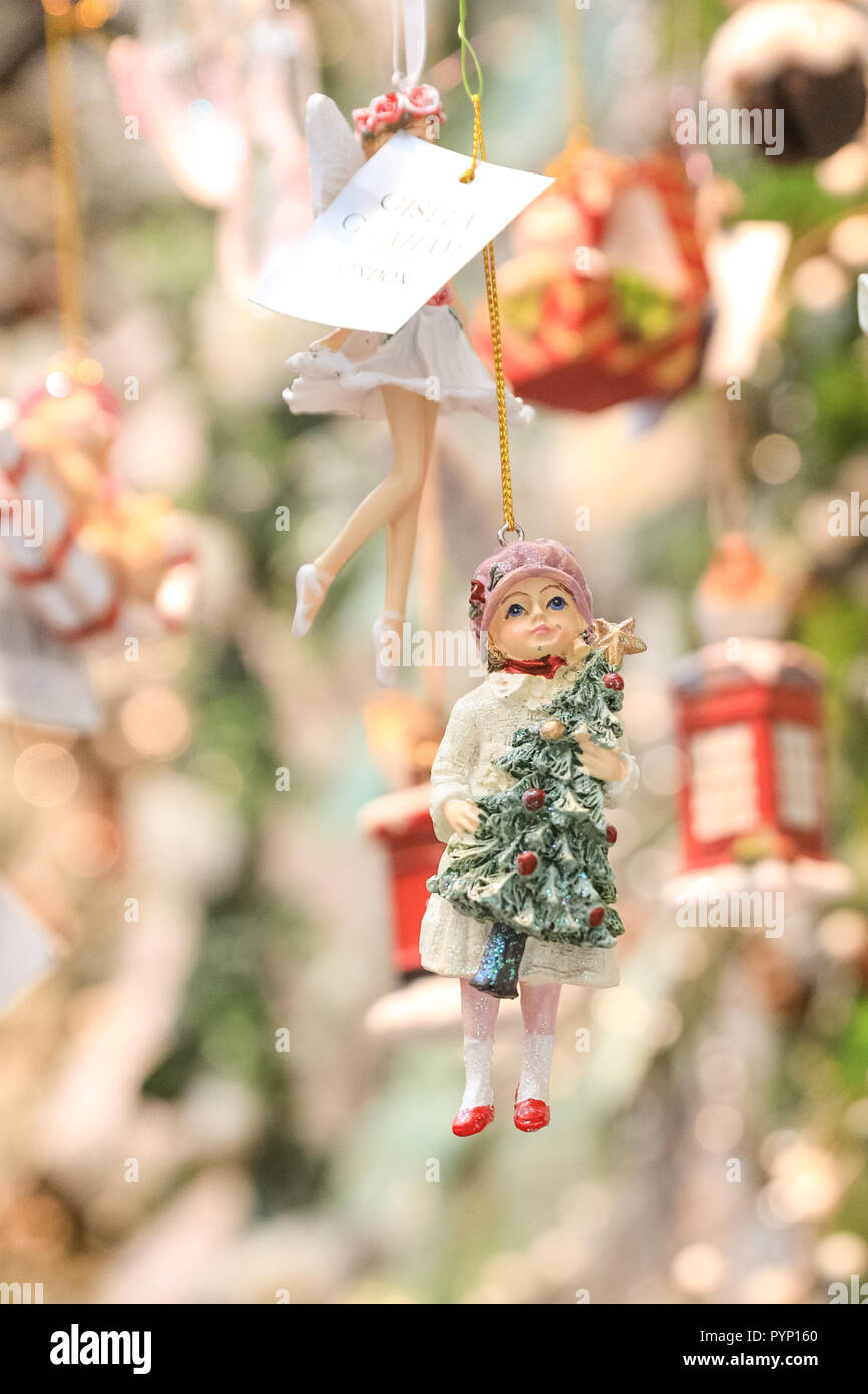 Olympia Exhibition Centre London Uk 29th Oct 2018 Christmas Tree Figurines From The Festive Dresser Company
