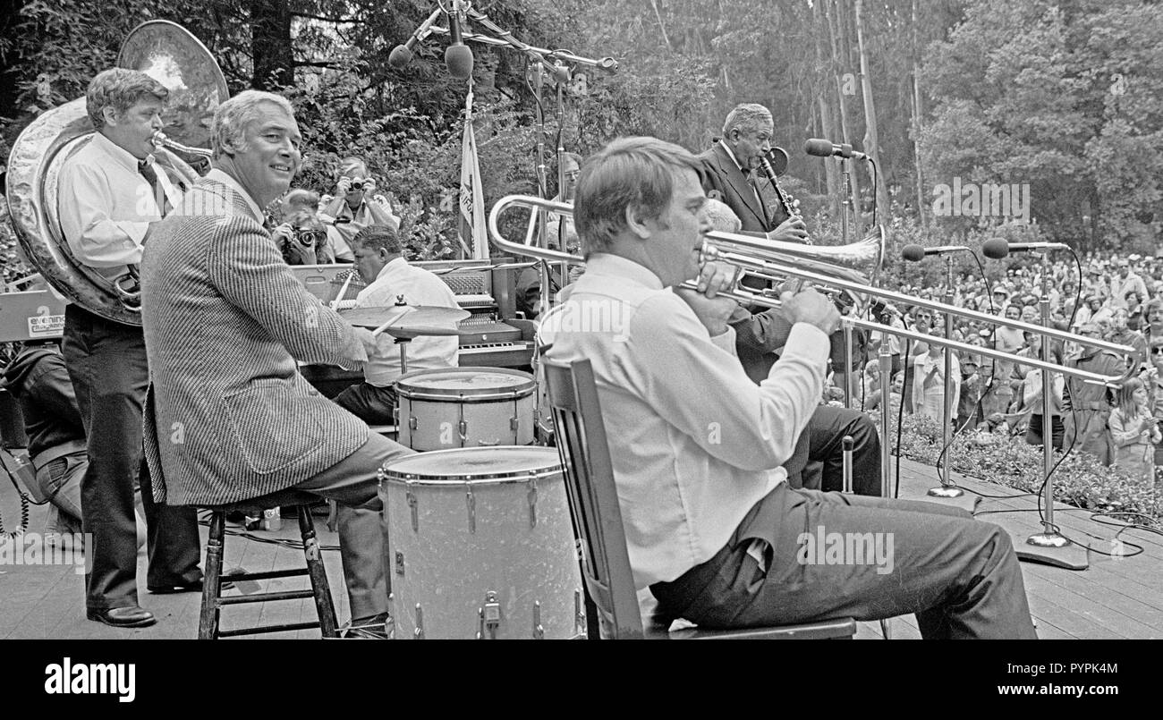 Preservation Hall Jazz Band with San Francisco Mayor George Moscone at the drums plays a free concert in San Francisco's Stern Grove, July, 1978 - Stock Image