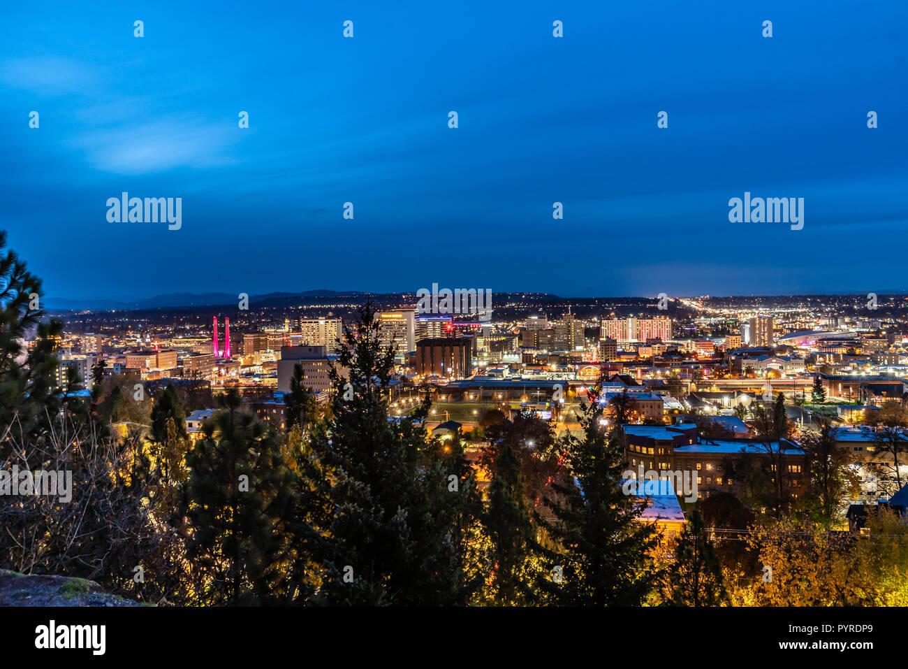 Night Lights Of Spokane, Washington, USA Stock Photo: 223635841 - Alamy