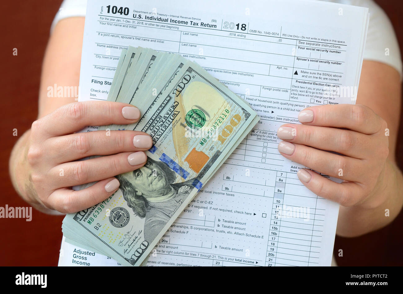 Tax Form Stock Photos & Tax Form Stock Images - Page 3 - Alamy