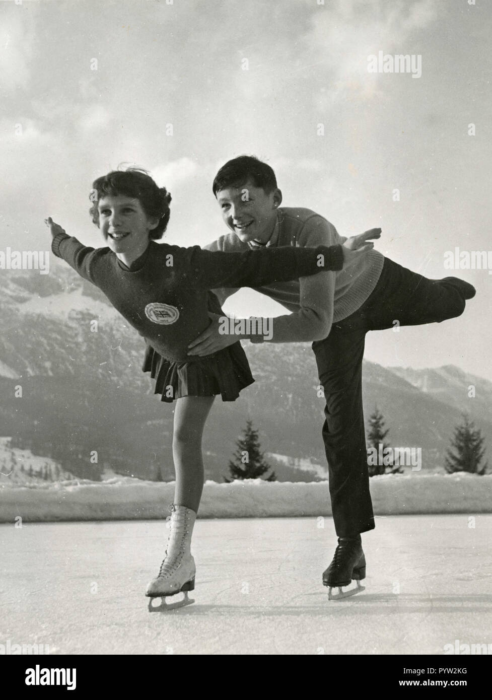British figure skating Roday Ward and Caroline Krau at the Winter Olympics, Cortina D'Ampezzo, Italy 1956 - Stock Image