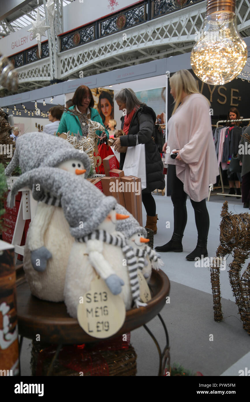 London Uk 30 October 2018 The Eagerly Awaited Show Spirit Of Christmas Fair Opened Its Doors At The London Olympia Giving The Early Christmas Shoppers The Opportunity To Gather Ideas And Buy