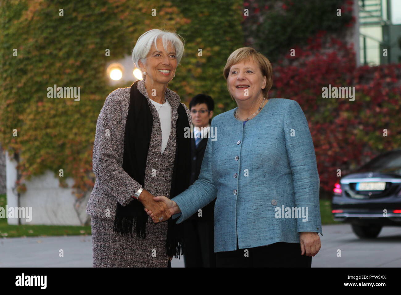 Berlin, Germany. 30th October, 2018. Chancellor Angela Merkel and Christine Lagarde, IMF  at the reception in the courtyard of the Federal Chancellery.The meeting will take place within the framework of Compact with Africa. Credit: SAO Struck/Alamy Live News - Stock Image