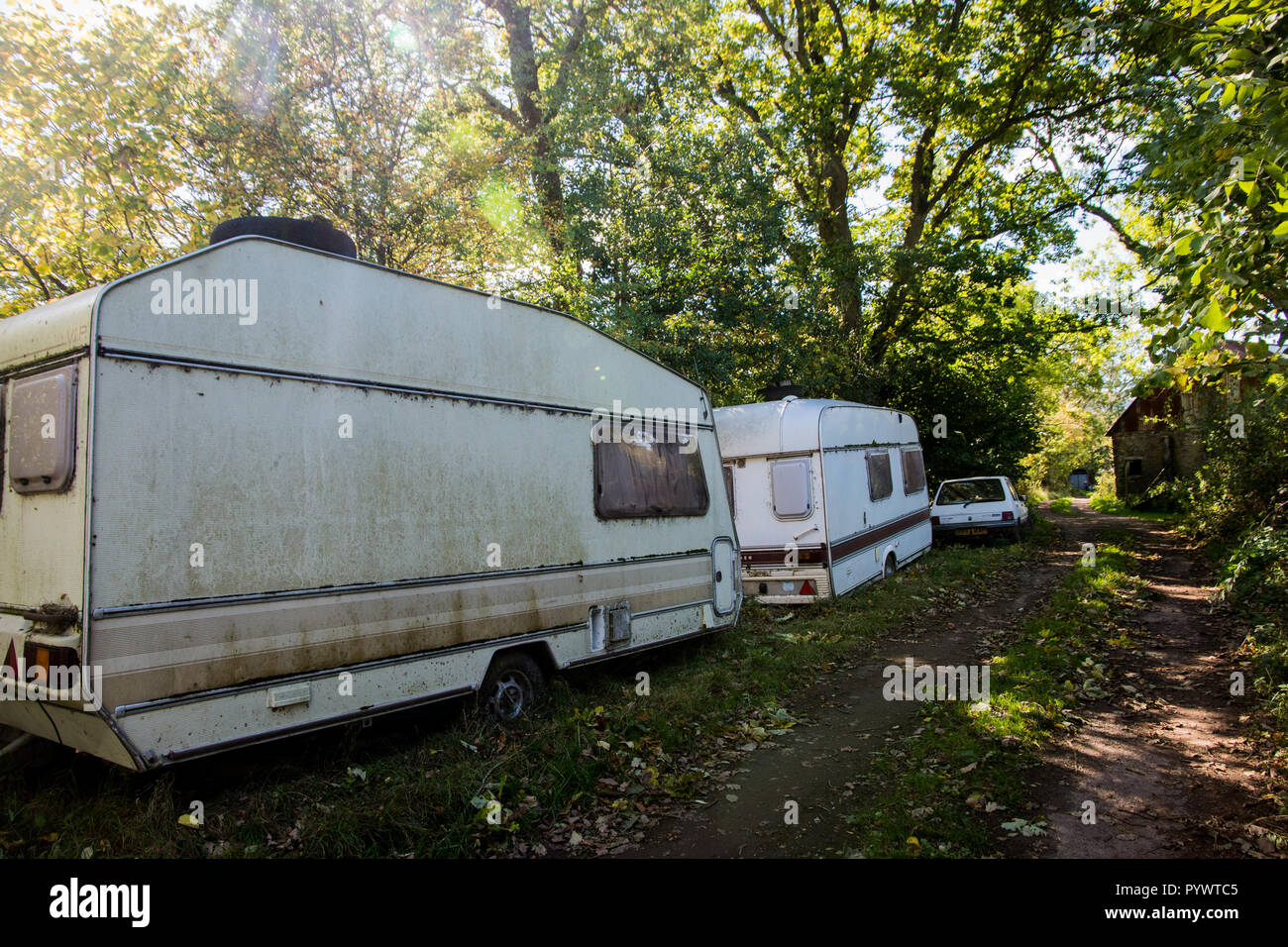 Caravan living accomodation for farmworkers Herefordshire UK 2018 - Stock Image