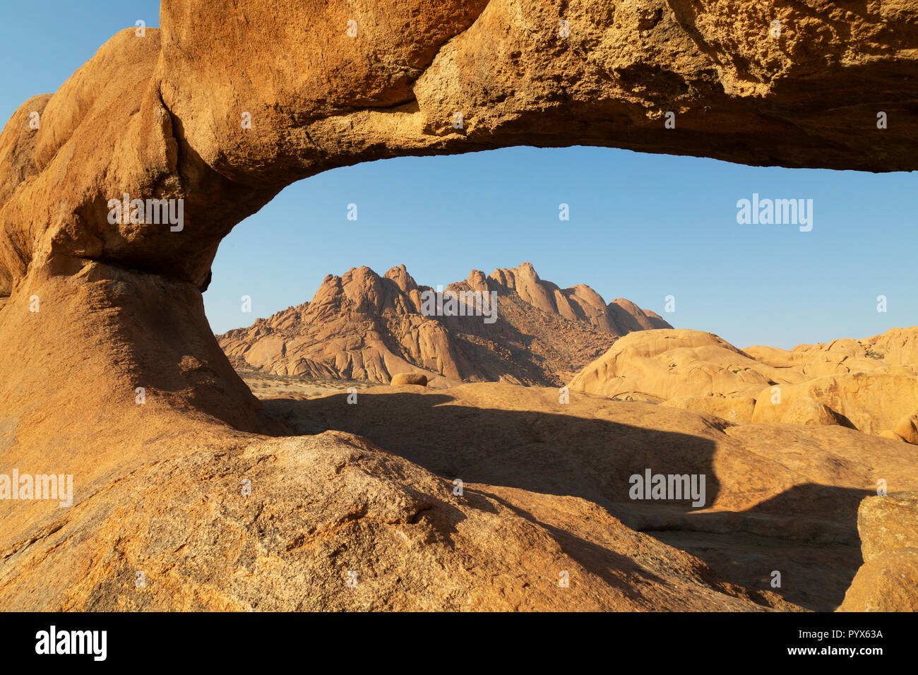 Namibia landscape; rock arch at Spitzkoppe, example of African landscapes, Spitzkoppe, Namibia Africa - Stock Image