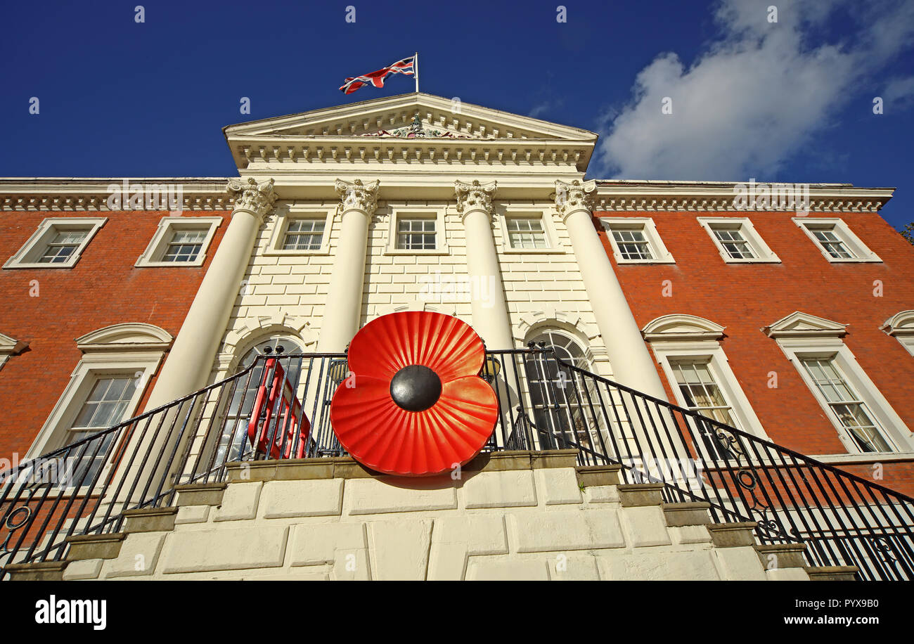Giant remembrance poppy on Warrington Town Hall, Bank Park, Sankey St, Warrington, Cheshire North West England, UK - Stock Image
