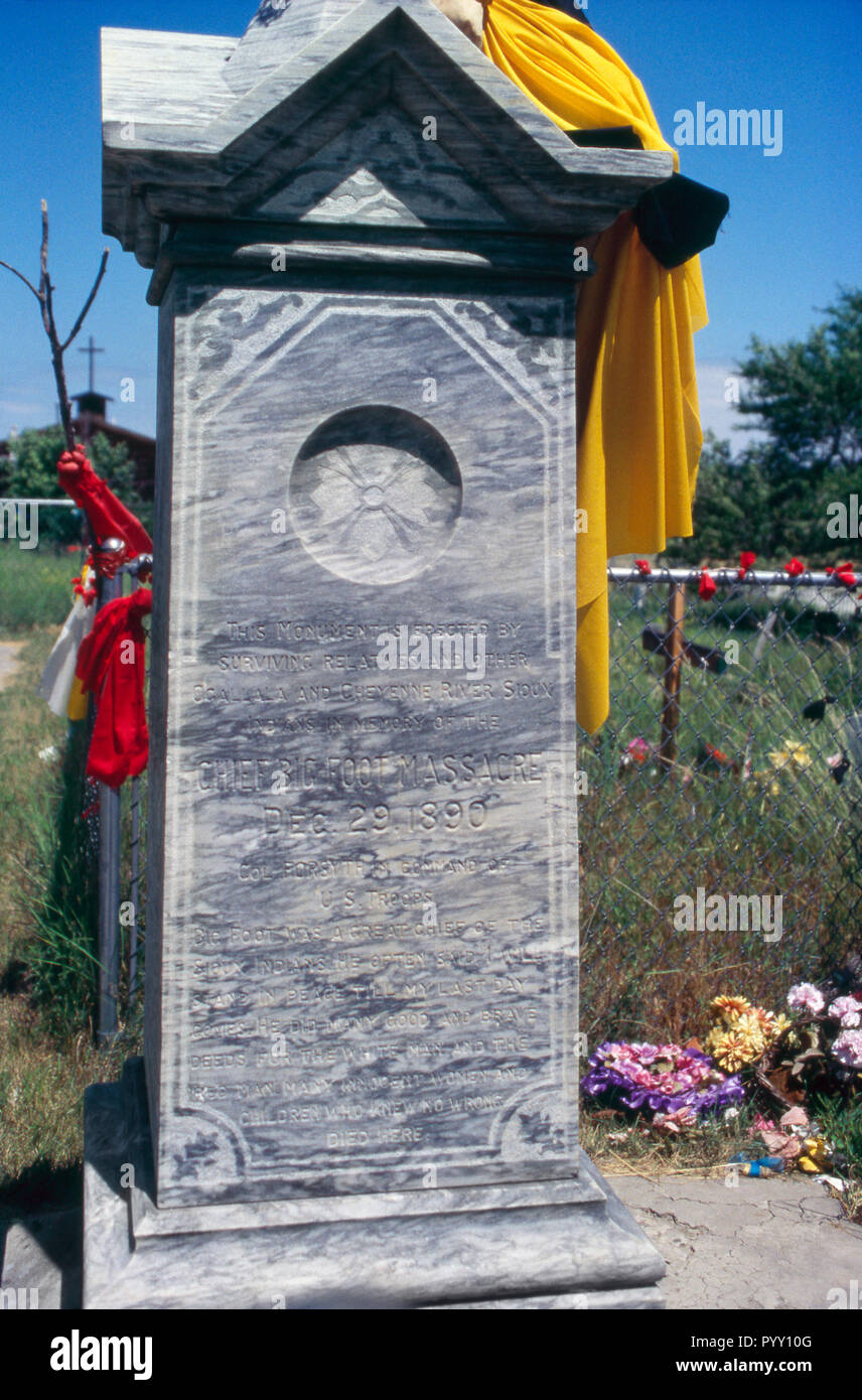 Grave marker for Wounded Knee Massacre victims, Pine Ridge Sioux Reservation, South Dakota. Photograph Stock Photo