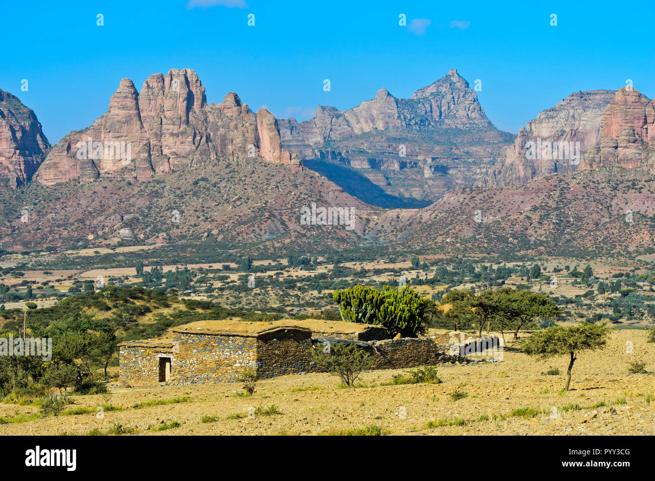 Big African Rift Valley, northern foothills with the Gheralta mountain range over the Hawzien plain, Tigray, Ethiopia Stock Photo