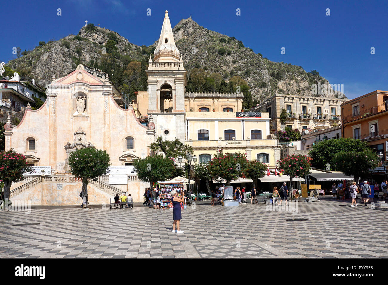 The Church of San Giuseppe in Piazza IX Aprile, Old Town of Taormina, Sicily, Italy - Stock Image