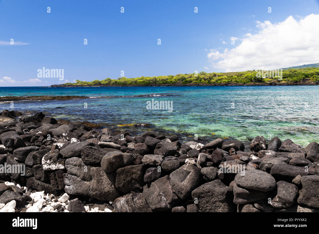View of kealakekua bay on Hawaii's Big Island. Crystal clear blue-green water in the bay; coastline in the background Stock Photo