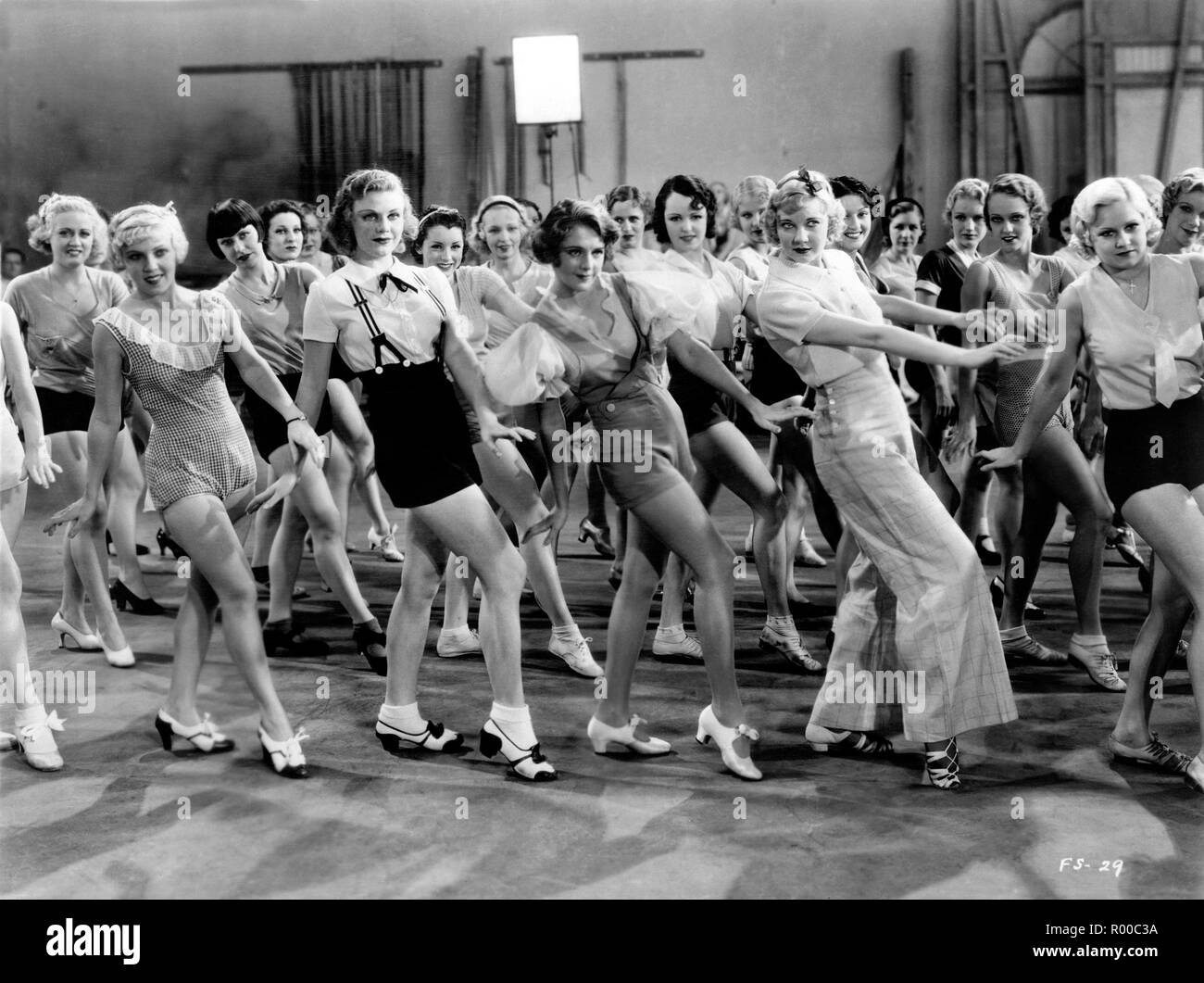 42nd Street  Year : 1933 USA Director : Lloyd Bacon Ginger Rogers, Loretta Andrews, Joan Barclay, Muriel Barrett, Lynn Browning, Edna Callahan, Maxine Cantway, Margaret Carthew, Virginia Dabney, Ruth Eddings, Patsy Farnum, June Glory, Mary Halsey, Ann Hovey, Alice Jans, Ruby Keeler, Una Merkel, Mildred Dixon - Stock Image