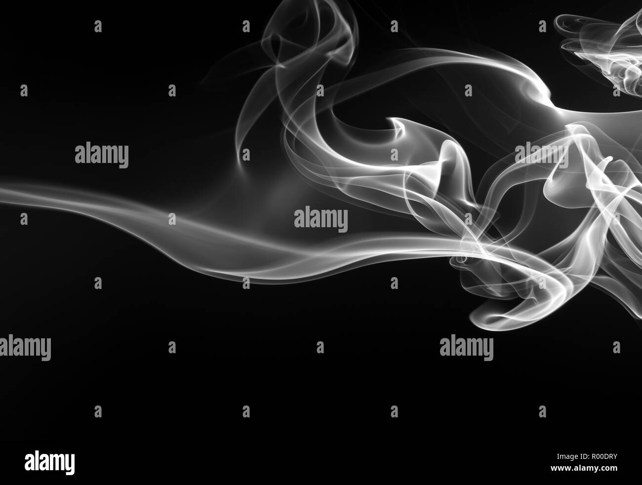 art of white smoke on black background, darkness concept - Stock Image