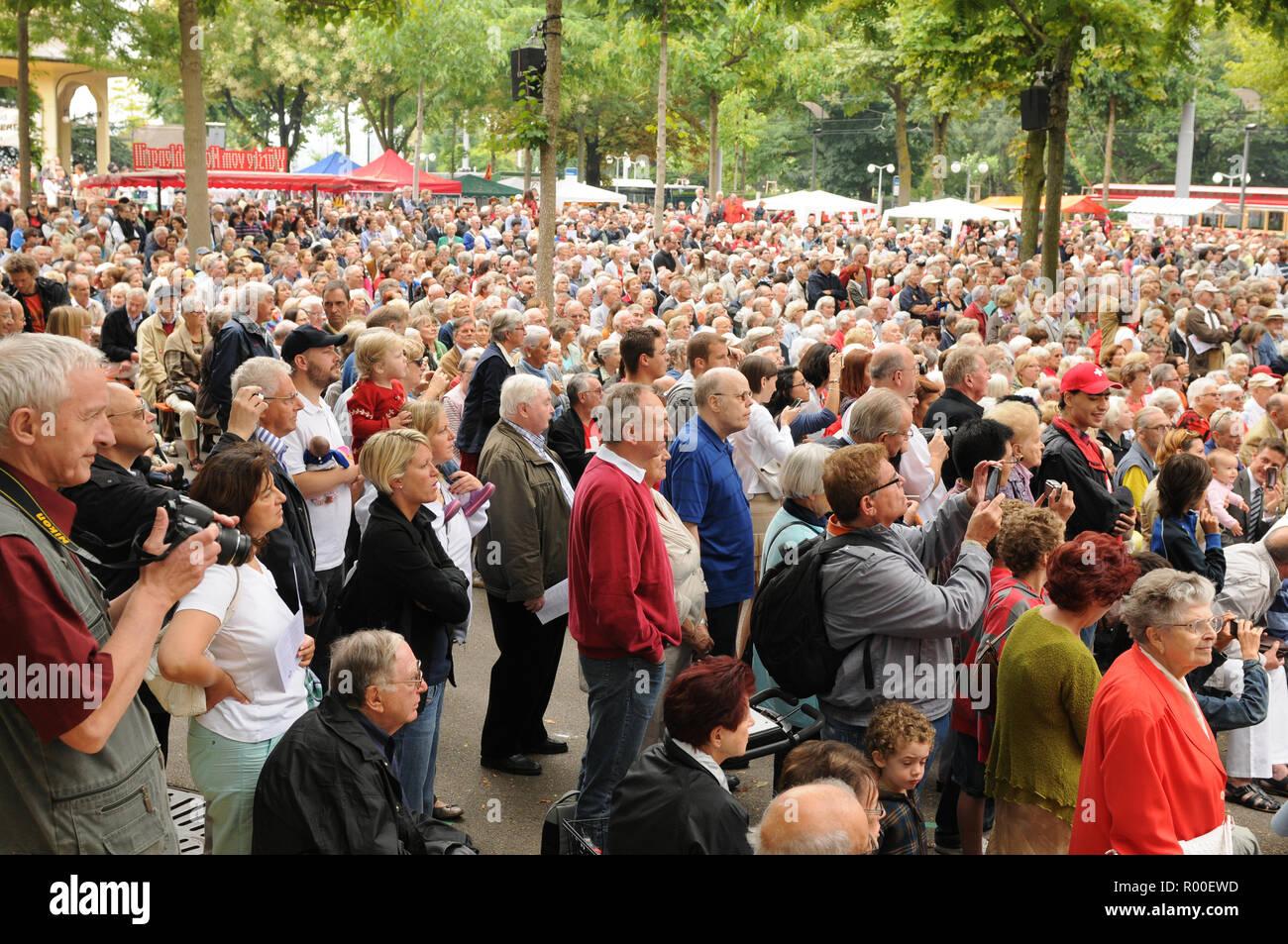 Swiss National day celebration on Bürkiliplatz in Zürich City - Stock Image