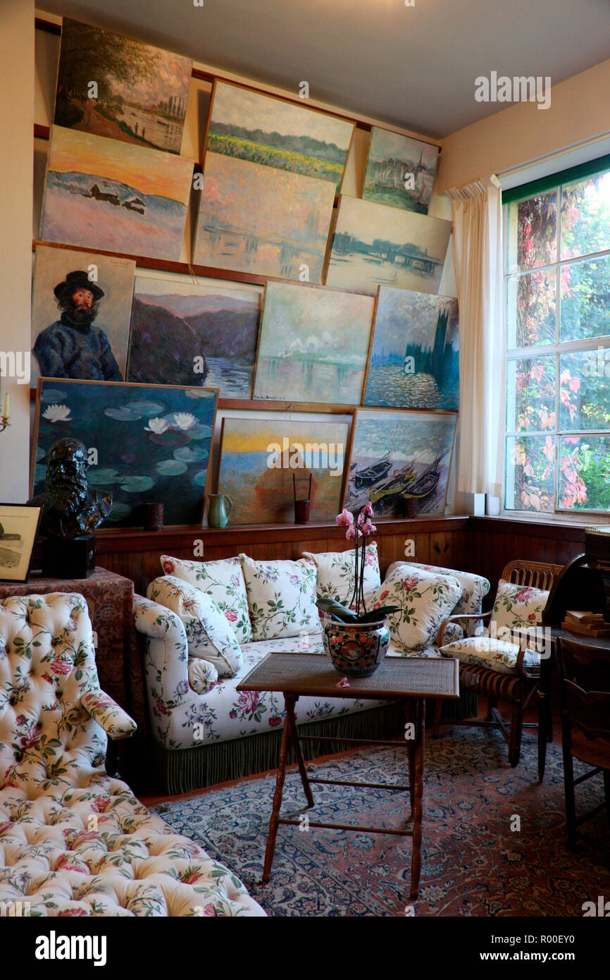 The sitting room of Monet's house in Giverney - Stock Image
