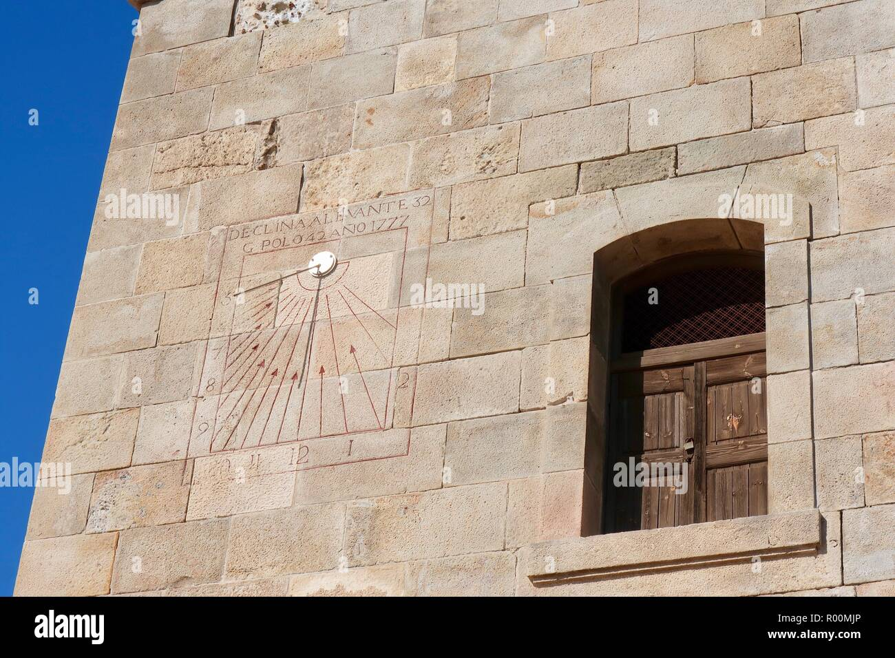 Barcelona, Spain, October 2018. Sun dial at Castell / Castle Mont Juic on a hot bright afternoon. - Stock Image