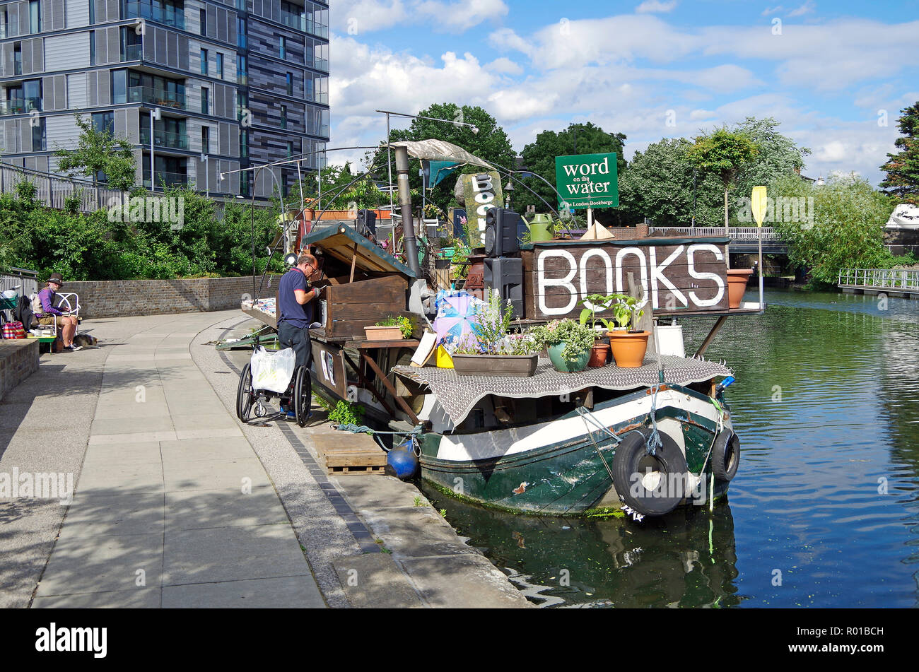 Dutch Barge Stock Photos & Dutch Barge Stock Images - Alamy