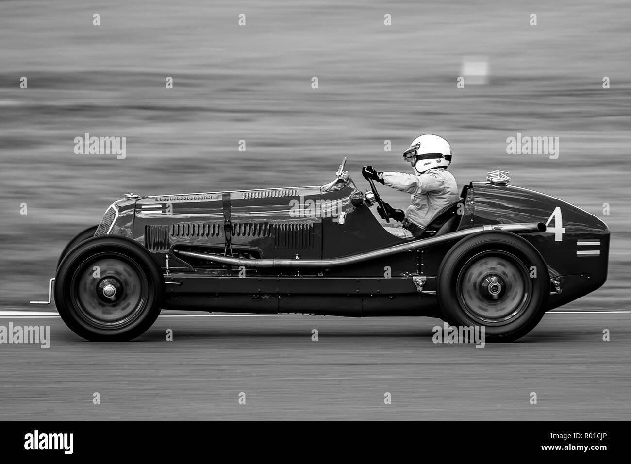 1934 Maserati 8CM  Driver Robert Newall - Stock Image