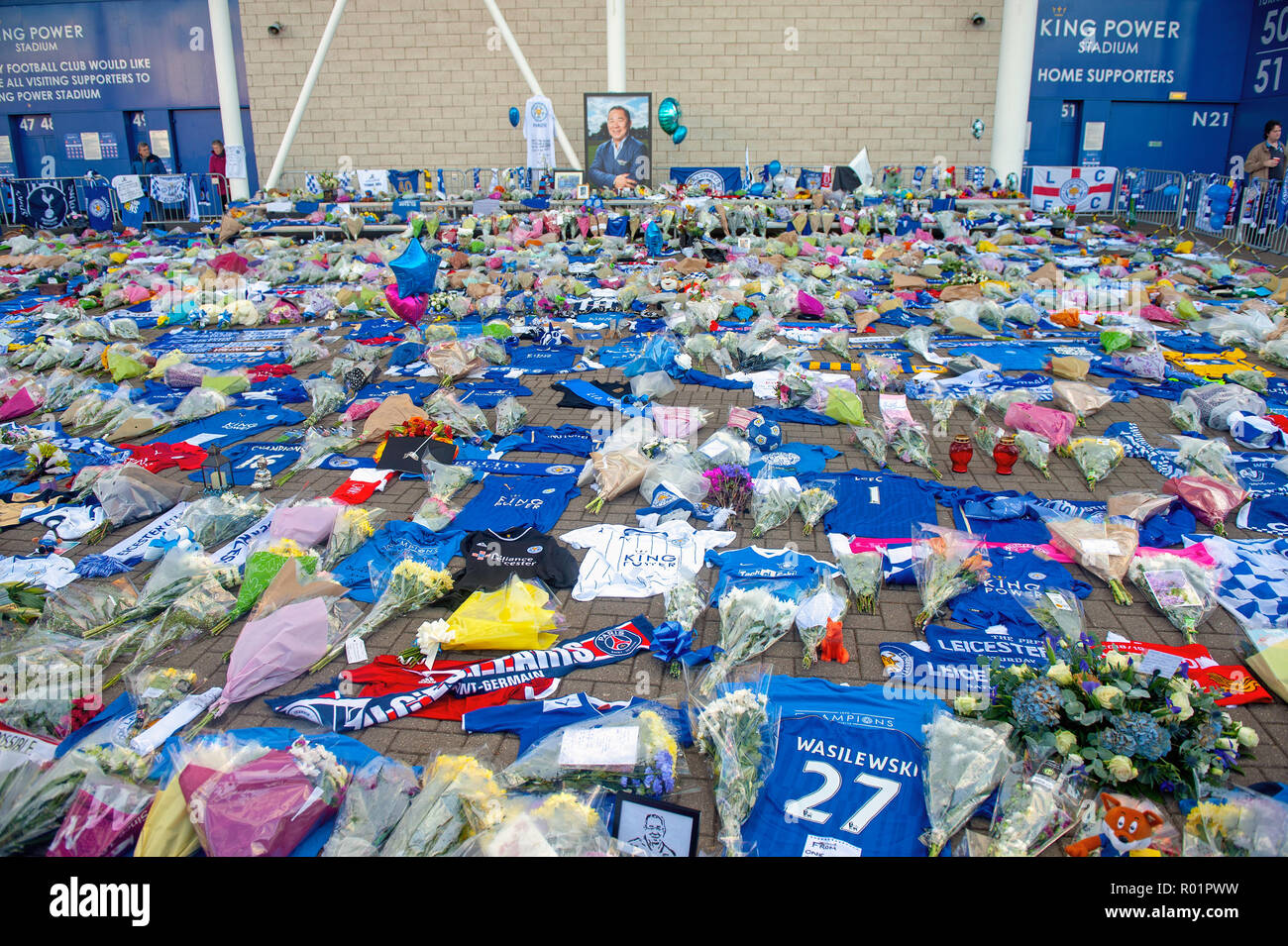 Leicester, UK. 31 October 2018. Tributes laid by Leicester City Football Club fans at the King Power stadium after the death of owner Vichai Srivaddhanaprabha. Stock Photo