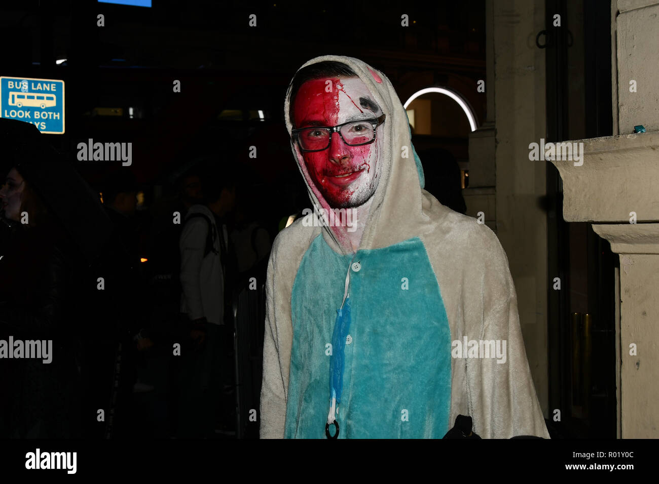 London, UK. 31st Oct, 2018. Revellers dresses up in Halloween Costume for a night in Westend for the Halloween party on 31 October 2018, London, UK. Credit: Picture Capital/Alamy Live News - Stock Image