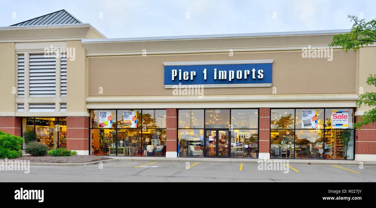 Front Of Pier 1 Imports Chain Of Retailers Selling Imported