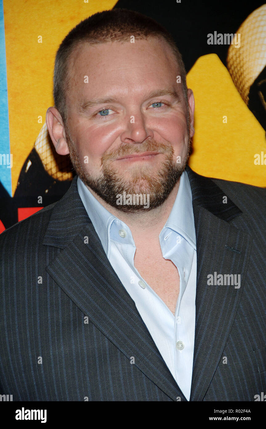 the director Joe Carnahan arriving at the Smokin' Aces at the Chinese Theatre In Los Angeles. January 18, 2007.  eye contact portrait headshot CarnahanJoe_director023 Red Carpet Event, Vertical, USA, Film Industry, Celebrities,  Photography, Bestof, Arts Culture and Entertainment, Topix Celebrities fashion /  Vertical, Best of, Event in Hollywood Life - California,  Red Carpet and backstage, USA, Film Industry, Celebrities,  movie celebrities, TV celebrities, Music celebrities, Photography, Bestof, Arts Culture and Entertainment,  Topix, headshot, vertical, one person,, from the year , 2007, i - Stock Image