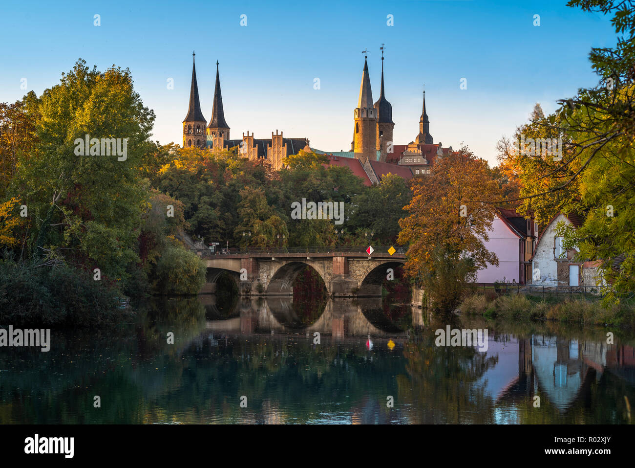 Merseburg, castle and cathedral in autumn next to the river Saale, Saxony-Anhalt, Germany | Merseburg, Schloss und Dom im Herbst, Sachsen-Anhalt - Stock Image