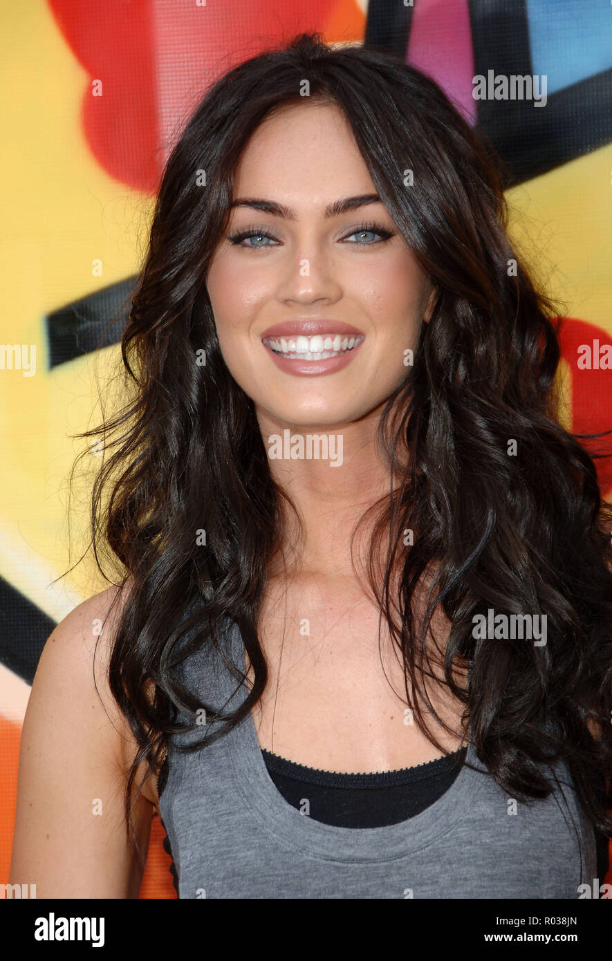Megan Fox arriving at the TEEN CHOICE Awards 2007 at the Universal  Amphitheatre in Los Angeles. headshot eye contact smile 36 FoxMegan 36 Red  Carpet Event, ...