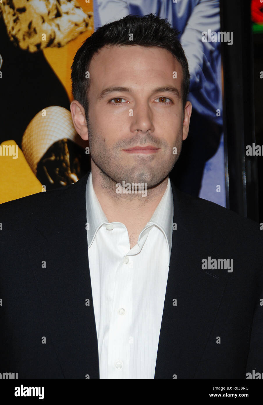 Ben Affleck arriving at the Smokin' Aces at the Chinese Theatre In Los Angeles. January 18, 2007.  eye contact portrait headshot AffleckBen018 Red Carpet Event, Vertical, USA, Film Industry, Celebrities,  Photography, Bestof, Arts Culture and Entertainment, Topix Celebrities fashion /  Vertical, Best of, Event in Hollywood Life - California,  Red Carpet and backstage, USA, Film Industry, Celebrities,  movie celebrities, TV celebrities, Music celebrities, Photography, Bestof, Arts Culture and Entertainment,  Topix, headshot, vertical, one person,, from the year , 2007, inquiry tsuni@Gamma-USA.c - Stock Image