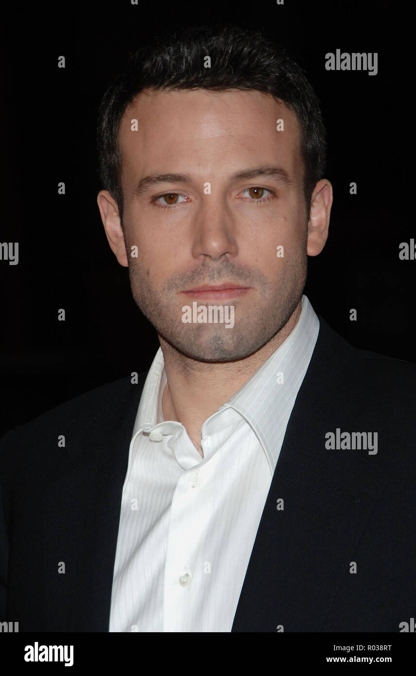 Ben Affleck arriving at the Smokin' Aces at the Chinese Theatre In Los Angeles. January 18, 2007.  headshot AffleckBen055 Red Carpet Event, Vertical, USA, Film Industry, Celebrities,  Photography, Bestof, Arts Culture and Entertainment, Topix Celebrities fashion /  Vertical, Best of, Event in Hollywood Life - California,  Red Carpet and backstage, USA, Film Industry, Celebrities,  movie celebrities, TV celebrities, Music celebrities, Photography, Bestof, Arts Culture and Entertainment,  Topix, headshot, vertical, one person,, from the year , 2007, inquiry tsuni@Gamma-USA.com - Stock Image