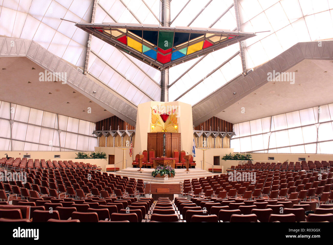 Interior of Temple Beth Shalom (synagogue designed by Frank Lloyd Wright, 1959), Elkins Park, Pennsylvania, USA - Stock Image