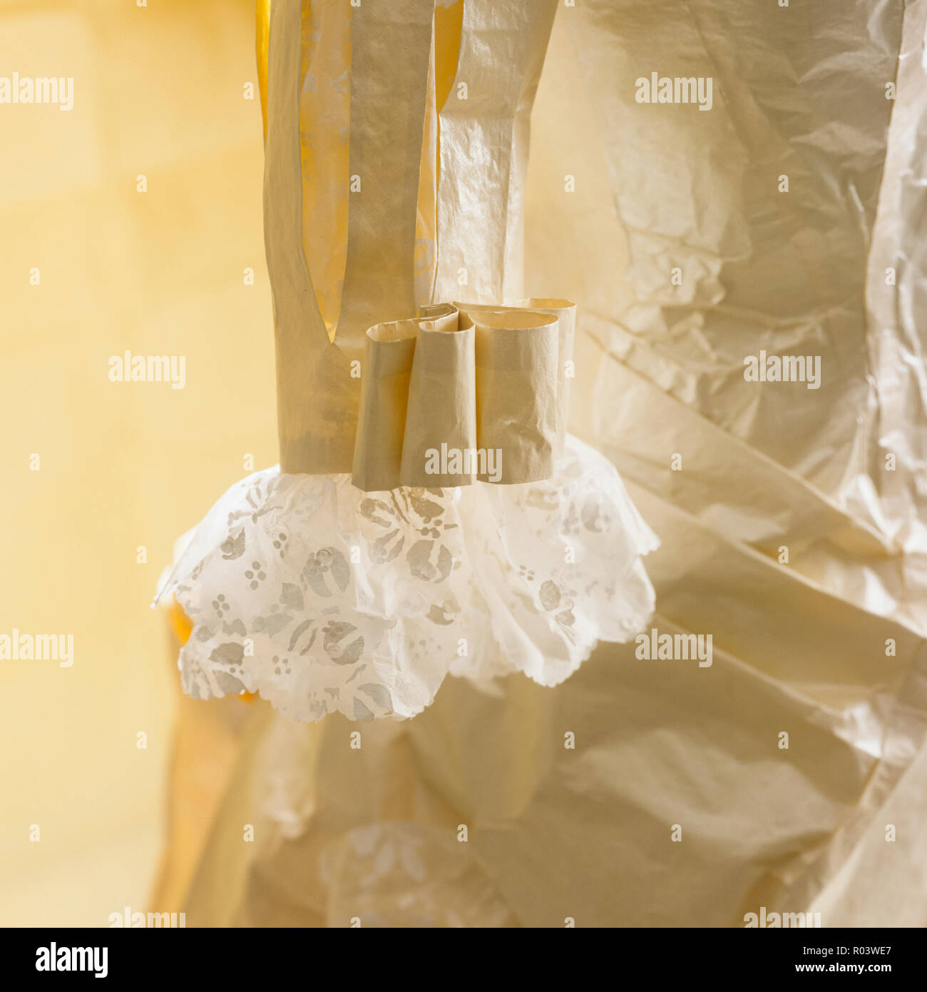 Paper sleeve by Isabelle de Borchgrave - Stock Image
