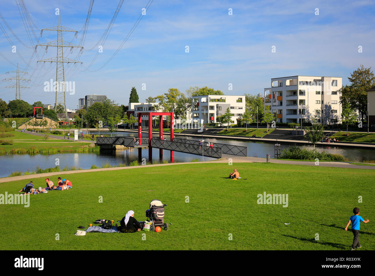 Essen, Ruhr area, Germany, urban development project Niederfeldsee with cycle route Ruhr RS 1 - Stock Image