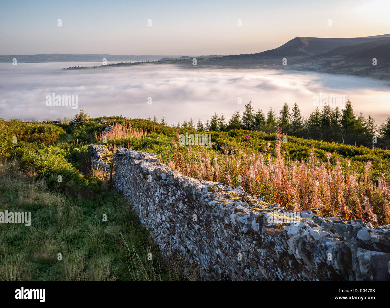 Brecon Beacons Cloud Inversion - Stock Image