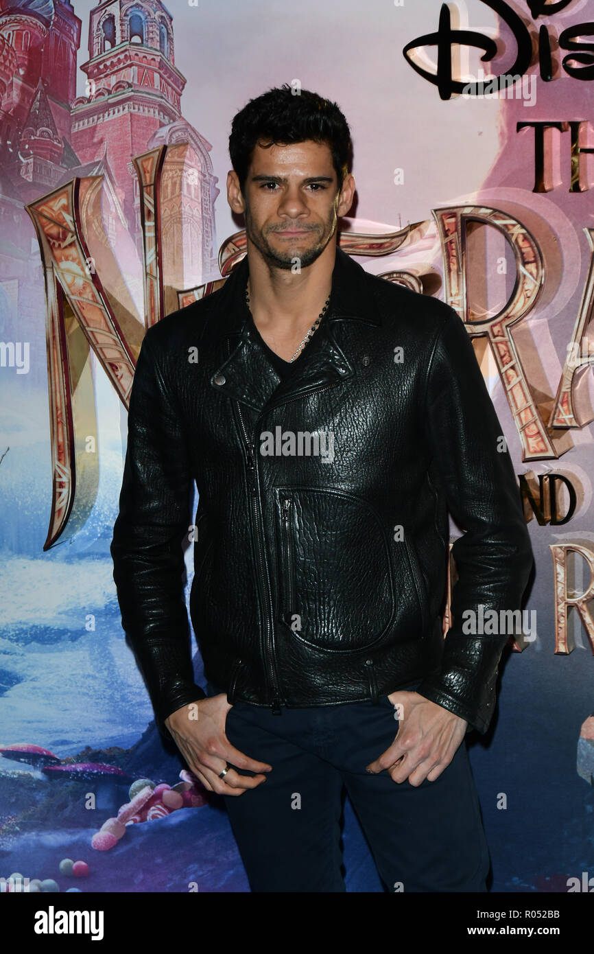 Thiago Soares attend The Nutcracker and the Four Realms - UK premiere at Vue Westfield, Westfield Shopping Centre, Ariel Way on 1st Nov 2018, London, UK. - Stock Image