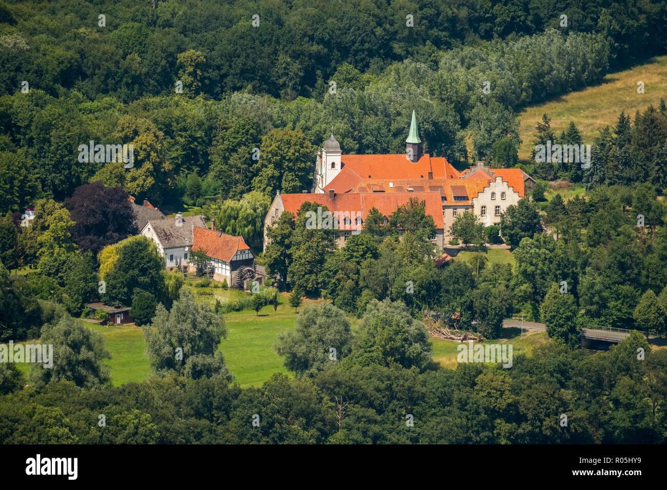 Aerial view, Kloster Vinnenberg - Place Spiritual Experiences, Landgasthof - Zum kühlen Grunde, Bever, State Forest Vinnenberger Busch, Warendorf, Mün - Stock Image