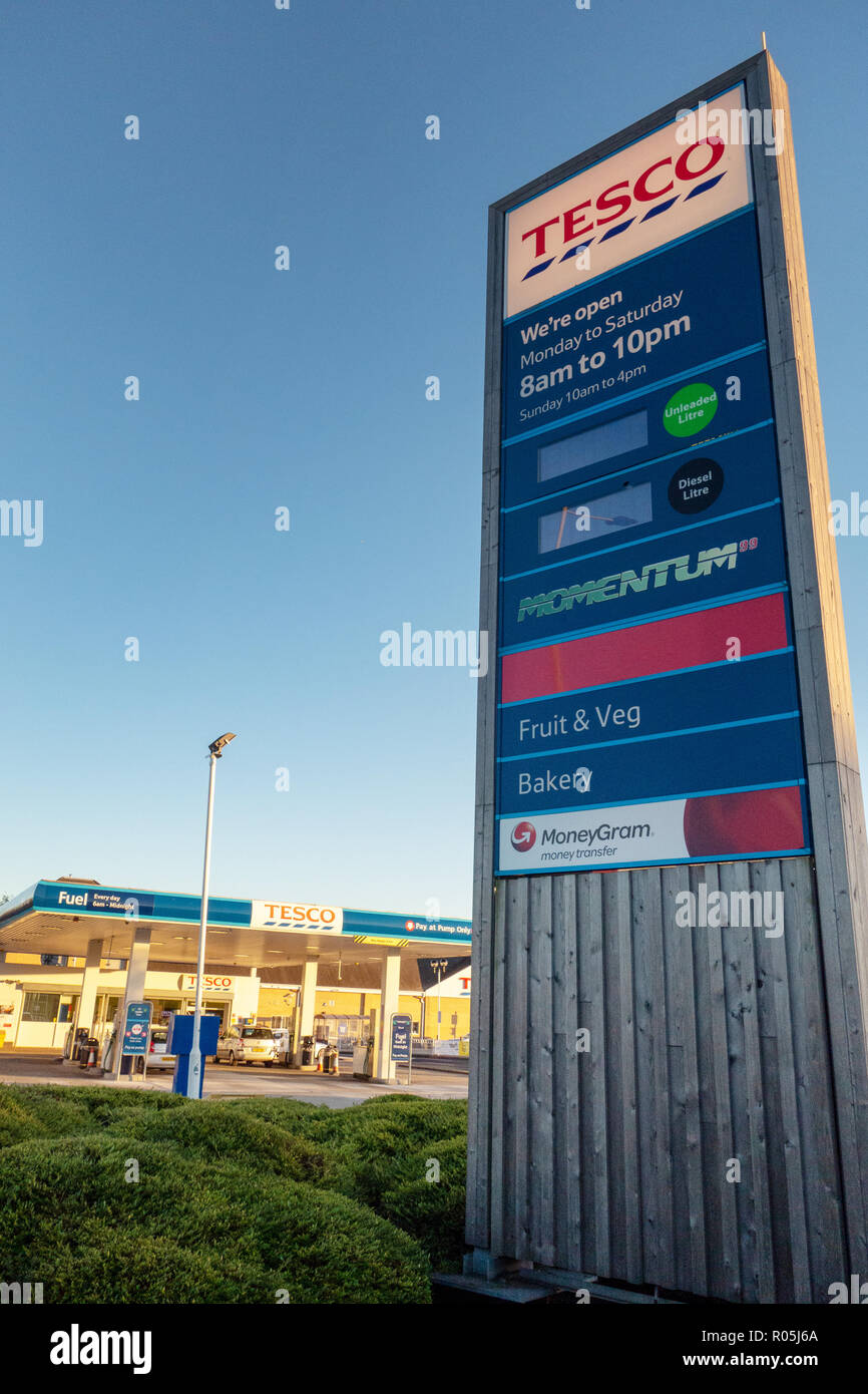 Tesco Supermarket Fuel prices on Tesco Fuel Sign - Stock Image