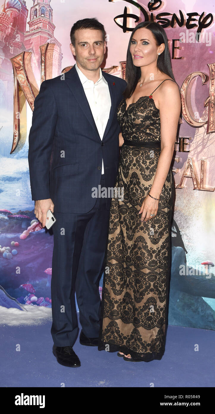 Photo Must Be Credited ©Alpha Press 079965 01/11/2018 Will and Linzi Stoppard The Nutcracker And The Four Realms European Gala Screening At Westfield London - Stock Image