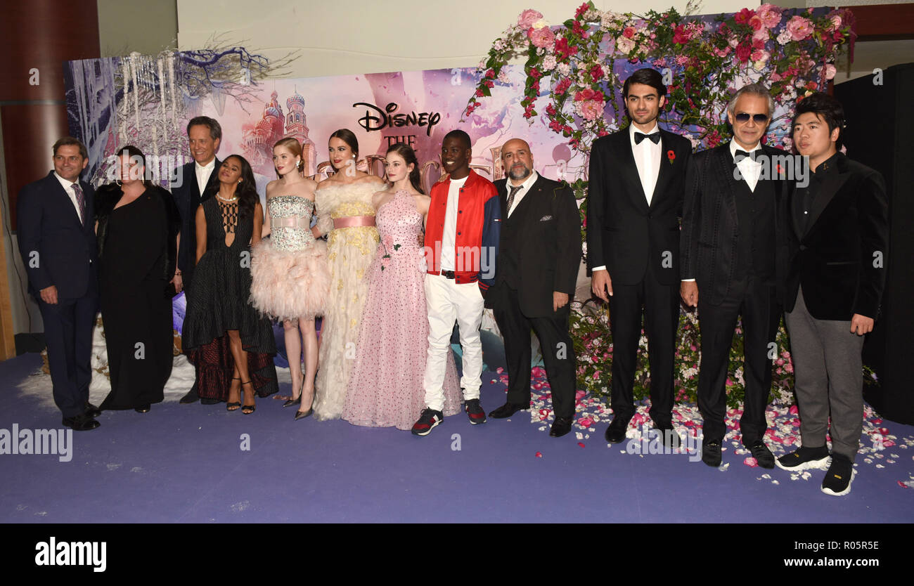 Photo Must Be Credited ©Alpha Press 079965 01/11/2018 Lindy Goldstein Richard E Grant Misty Copeland Ellie Bamber  Keira Knightley Mackenzie Foy Jayden Fowora Knight and Omid Djalili Matteo Bocelli, Andrea Bocelli and Lang Lang The Nutcracker And The Four Realms European Gala Screening At Westfield London - Stock Image